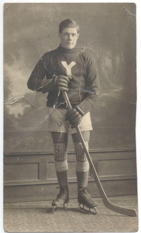 Hockey Player - From Nana
