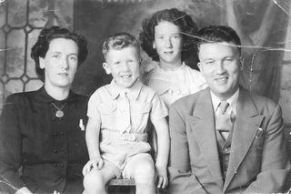 Weir Family ca 1949